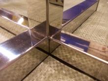 вироби з дзеркальної нержавіючої сталі